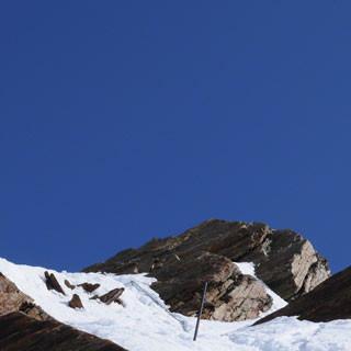 Abstieg vom Schalfkogel - Sportlich, sportlich: Etwas steiler geht's vom Schalfkogel runter auf seinen nördlichen Ferner.