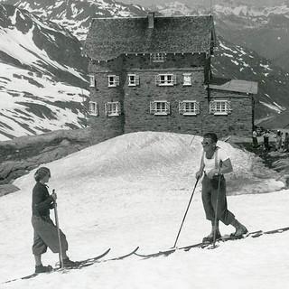 ausstellung-hoch-hinaus-huetten-wege-in-den-alpen-alpines-museum-2017 (4)