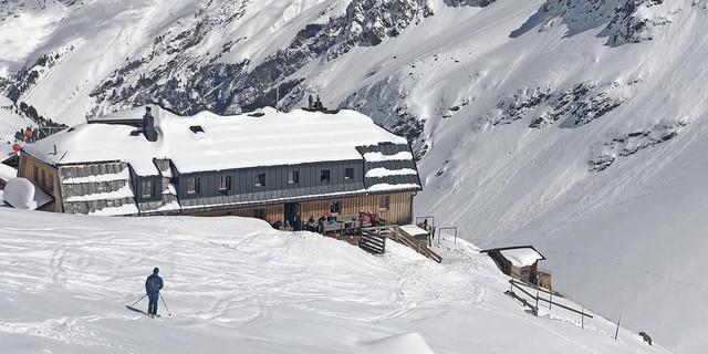 Ankunft am Westfalenhaus (2273 m), dem Ziel der zweiten Tagesetappe. Foto: Stefan Herbke