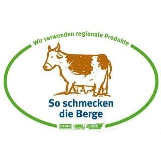 """""""So schmecken die Berge""""-Hütten erkennt man am Logo! Foto: DAV/Archiv"""