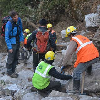 Wegebau in Nepal, Foto: Gunnar Amor