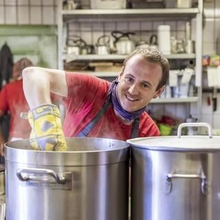 Mitarbeiter in der Küche sind besonders gefragt! Foto: Julia Hammerle