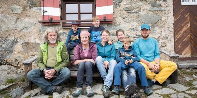 Ob jung oder alt: Bergsport ist in jeder Alterklasse beliebt. Foto: DAV/Jens Klatt