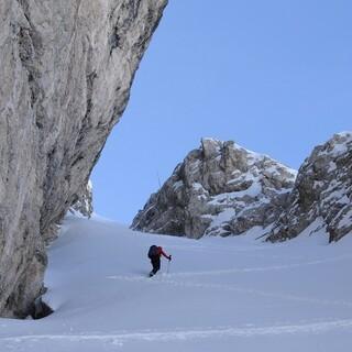 Auf dem Weg zur Östlichen Puezspitze gibt es einige steile Passagen. Foto: Stefan Herbke