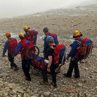 Gebirgstrage Bergwacht Grainau ©C.Vogg-1200px