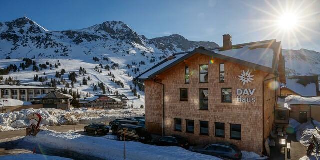 DAV-Haus Obertauern im Winter; Foto: DAV/Marco Kost