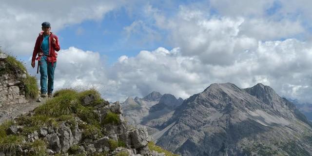 Geht's noch besser? Den Höhen von der Göppinger zur Freiburger Hütte bezeichnen Kenner als schönsten Teil der Walserrunde. Foto: Stefan Herbke