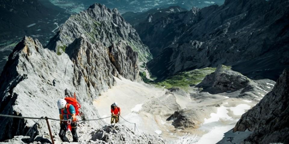 Höllental Rückblick - Die letzten Meter zum Gipfel.