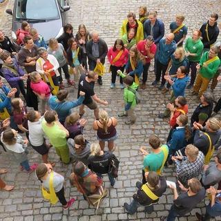 Schnick, Schnack, Schnuck im Hof, Foto: JDAV/Britta Zwiehoff