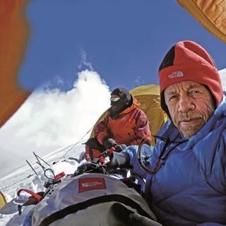 Als erfahrener Bergführer kennt Karl Gabl den Expeditionsalltag Foto: S. Geiger