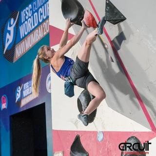 Boulderweltcup-Gesamtsiegerin Shauna Coxsey (GBR), Foto: IFSC/Eddie Fowke