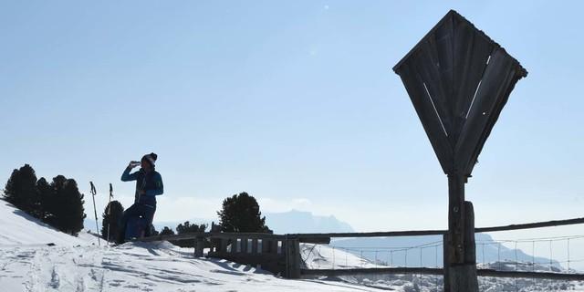 Ab hier geht's nur noch bergab: Sattel oberhalb der Brogleshütte. Foto: Stefan Herbke