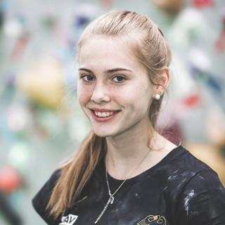 Hannah Meul Portrait 2018