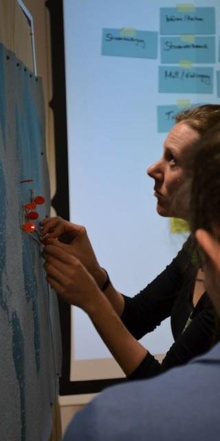 Teilnehmer*innen haben sich aktiv in die Workshops eingebracht. (Foto: DAV)