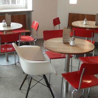 Cafe Eames