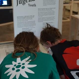 Kinder im Alpinen Museum