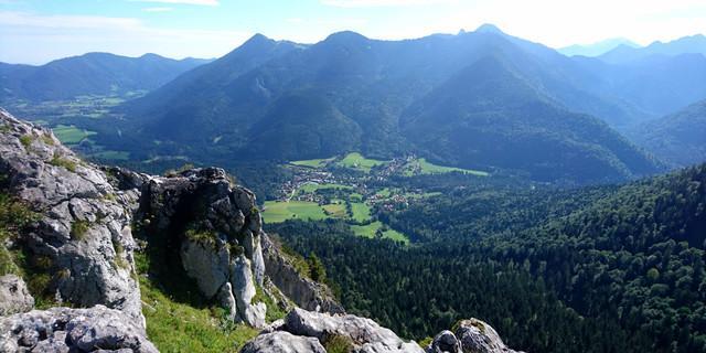 Blick auf das Bergsteigerdorf Kreuth (Foto: Gemeinde Kreuth)