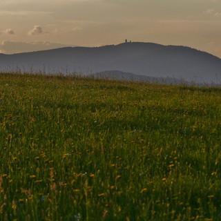 Der Berg Čerchov (1042 m); Foto: Rollo Steffens