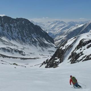 Skirunde Großvenediger: Großartiges Finale: Abfahrt über das Garaneber Kees ins Timmeltal. Foto: Stefan Herbke