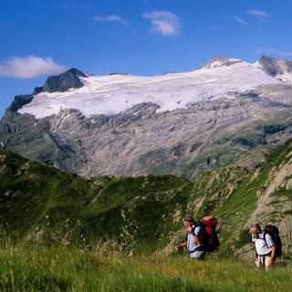 Blick zum Basodino, Tessin, Schweiz