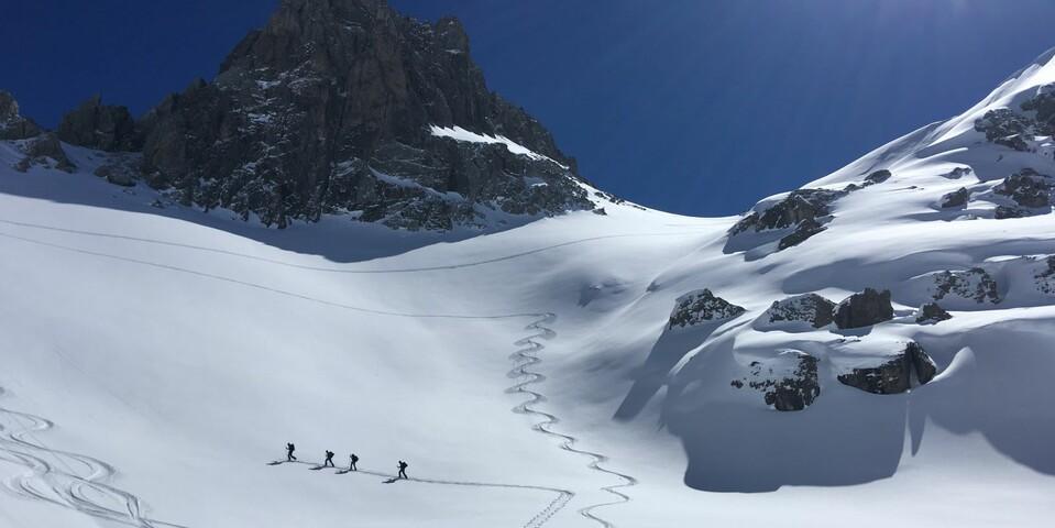 Das Parzinn über der Hanauer Hütte ist ein Lechtaler Skitouren-Glanzlicht. Foto: Luis Stitzinger, Alix von Melle