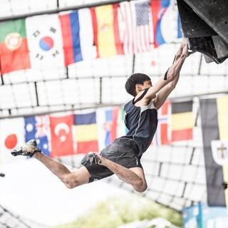 Chon Jongwon bei einem Sprung (BWC 2017). Foto: DAV/Nils Nöll
