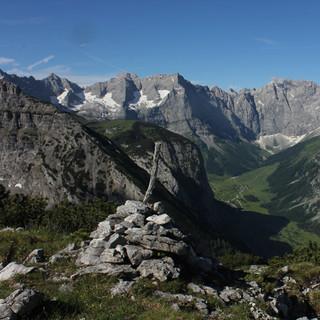 Ziel dieser dreitägigen Karwendeldurchquerung ist der Große Ahornboden. Foto Pröttel