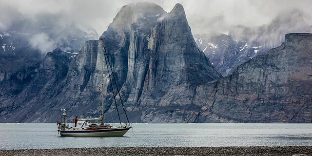 Mit dem Segelboot zum Big-Wall-Klettern, Foto: Ben Ditto