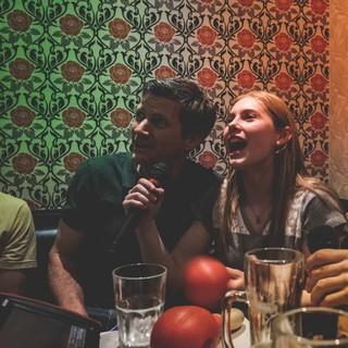 Karaokeabend mit dem Bundestrainer Urs Stöcker (Foto: DAV/Klaus Listl)