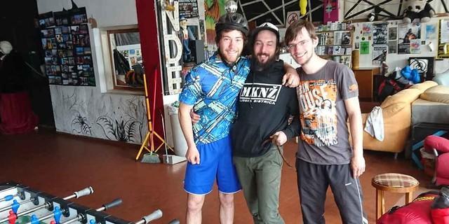 zusammen mit einem kroatischen Gastgeber im Jugendzentrum, Foto: Sepp Hell