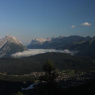 Strahlender Sonnenschein am Mittwoch um 8 Uhr an der Nördlinger Hütte ... 2 Stunden später donnerte es. Foto: M. Pröttel