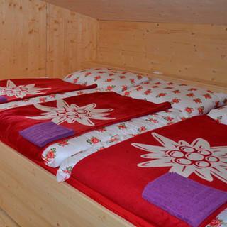 Neues Hannoverhaus - Kuschelig & komfortabel: Das Haus verfügt über 60 Bettenlager in Zwei- bis Sechs-Bettzimmern, einige davon bietenDusche und WC.