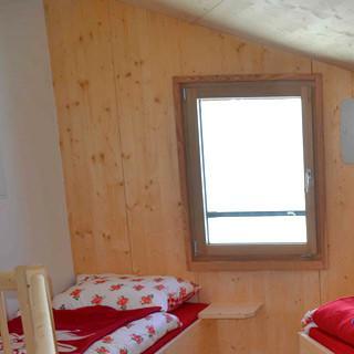 Neues Hannoverhaus - Kuschelig &amp&#x3B; komfortabel: Das Haus verfügt über 60 Bettenlager in Zwei- bis Sechs-Bettzimmern, einige davon bieten&nbsp&#x3B;Dusche und WC.