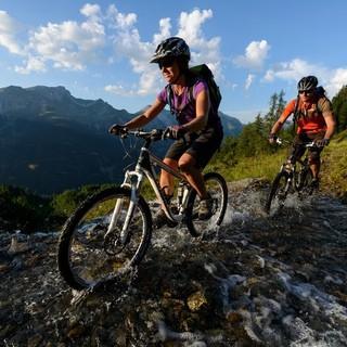 3-mountainbiker2-foto-dav-wolfgang-ehn
