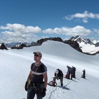 Unterwegs am flachen Gletscher