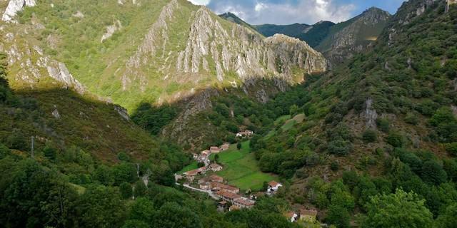 Valle Aguino – die abgelegenen Bergdörfer haben nur noch wenige Einwohner. Foto: Antes & Antes