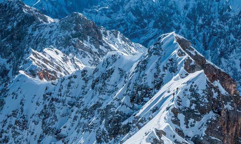 Jubiläumsgrat (Bayerische Alpen) - Winterüberschreitung des Jubiläumsgrats, Wettersteingebirge   Foto: Heinz Zak
