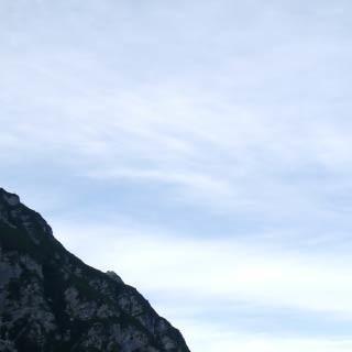 Rifugio Flaiban-Paccherini - <p>Vom Rifugio Flaiban-Paccherini im Val Suola sieht man auch auf den Monte Tiàrfin, der gegen Ende der Via Alta di Forni umwandert wird.</p>