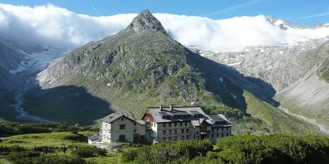 Die Berliner Hütte in den Zillertaler Alpen (2011), Foto: Archiv DAV
