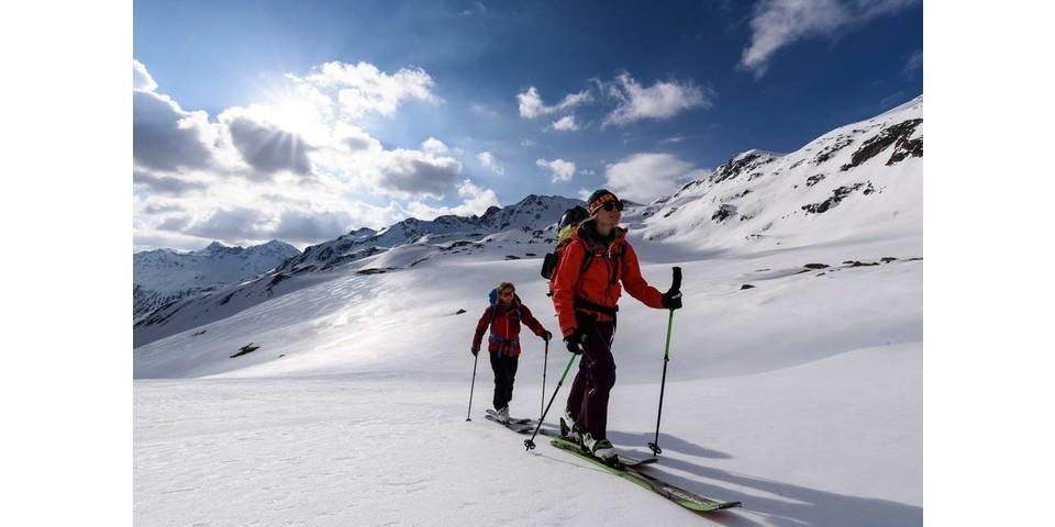 Im Oberen Pfluntal kurz vorm Gafluner Winterjöchle. Im Hintergrund perfekte weitere Firnhänge, Foto: Wolfgang Ehn