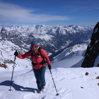 Die derzeitigen Verhältnisse sind für Skihochtouren (wie hier auf die Aglsspitze) ideal. Foto M. Pröttel