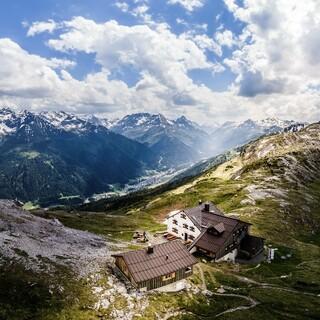 Tolles Panorama von der Leutkircher Hütte, Foto: DAV/Anja Heimes