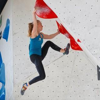 Lucia Dörffel in Boulder 2. Foto: Marco Kost