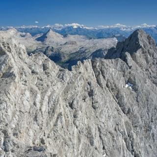 Mittelspitze und Südspitze. Luftbild: Jörg Bodenbender