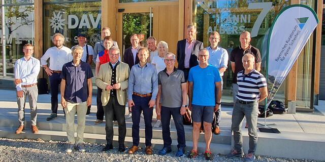 Die Mitgliederversammlung des Bayerischen Kuratorium für alpine Sicherheit fand am 14. Juni in München statt. Foto: Baykurasi