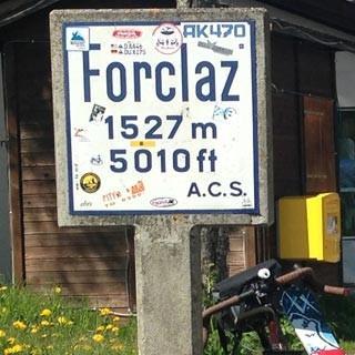 30.5., 10:44 – Geschafft! Am Col de la Forclaz. Von wegen – der Col des Montets wartet noch.