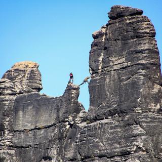 Klettern im Elbsandsteingebirge. Foto: DAV/Steffen Reich