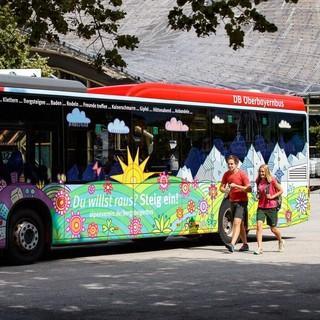 Der Bergsteigerbus bringt Wanderer zu beliebten Startpunkten. Foto: DAV/Marco Kost