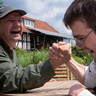 Knigge-respektvoller-umgang-mit-behinderten-Menschen-1x1