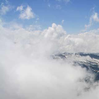 Am Hafner - Stumme Zeugen: Die über Jahre gewachsene Steinmannkolonie am Hafner begleitet den Aufstieg zum östlichsten Dreitausender.